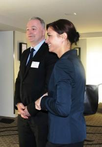 Le Vice-ministre László SZABÓ et sa chef de cabinet Beata MARGITAY-BECHT